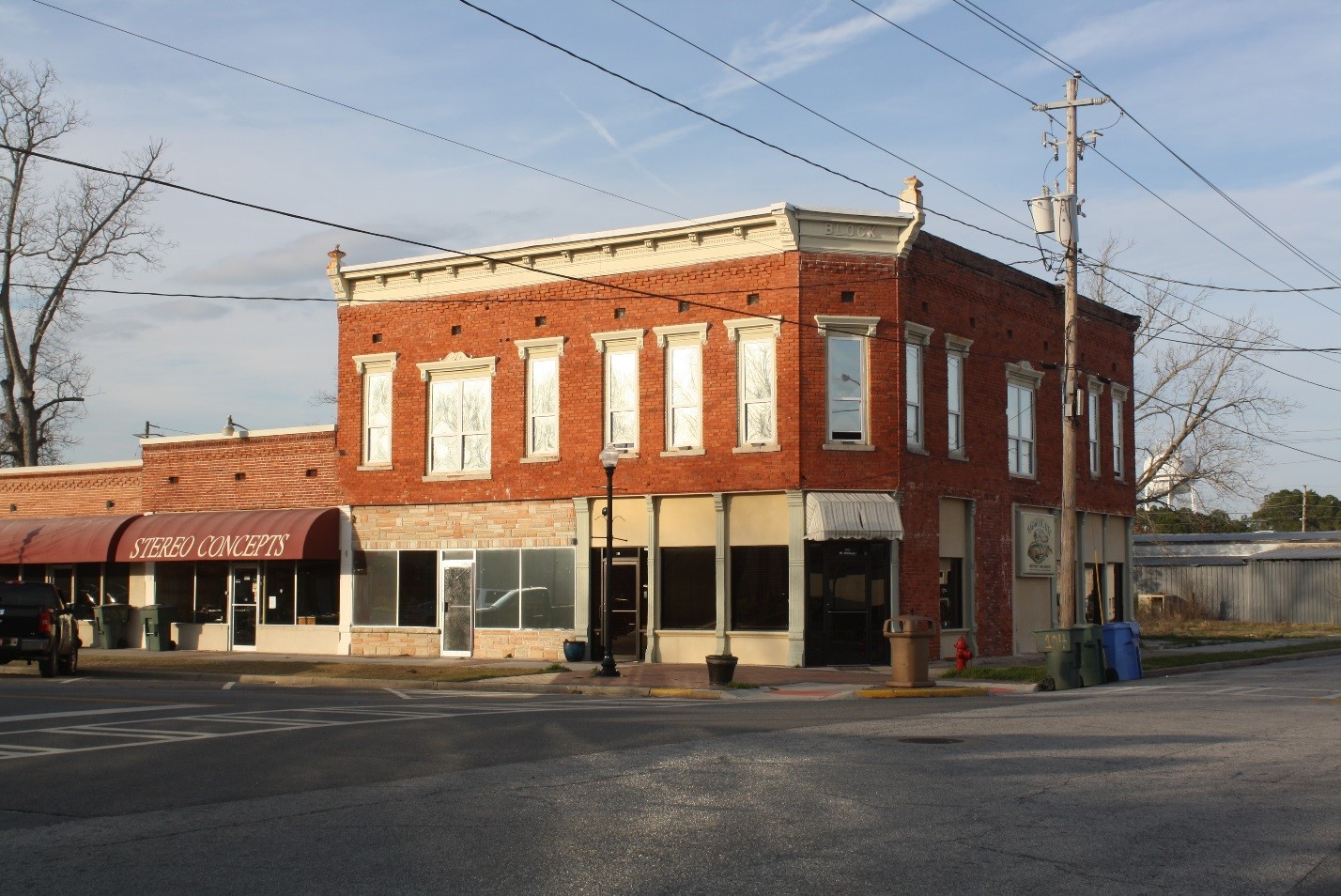 The Tuten Block Building housed the Cohen Mercantile Store that was owned by Jesup Mayor S. E. Cohen and the Jesup Cigar Company owned by Jesup Businessman Harry W. Whaley.